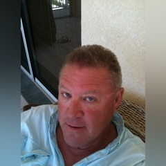 59 years old man